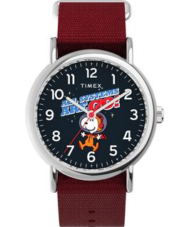Montre Timex x Space Snoopy Weekender 38 mm Bracelet en tissu Argenté/Rouge/Bleu large