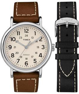 Coffret cadeau montre chronomètre Weekender 40mm avec bracelet deux pièces en cuir Chrome/Marron/Crème large